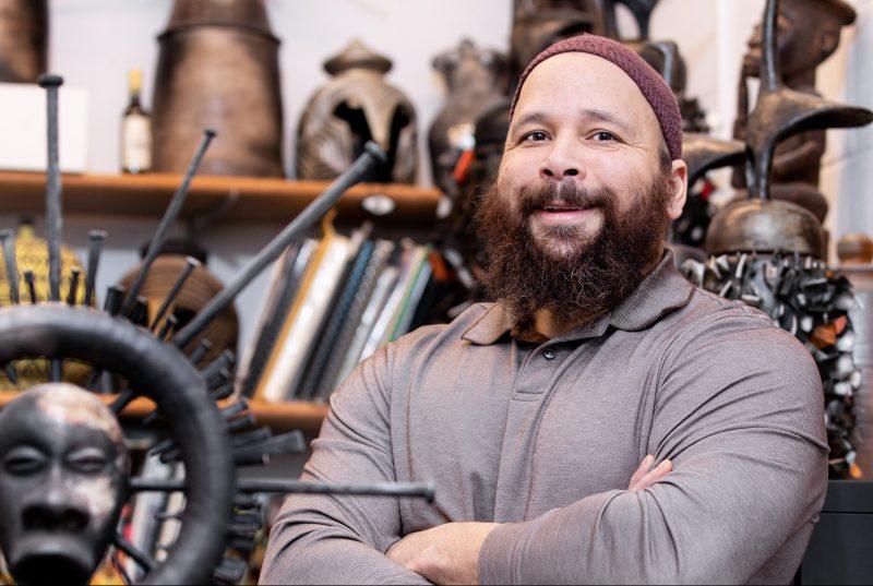 Sharif Bey in his studio
