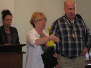 Cyndy Colavita accepts her award
